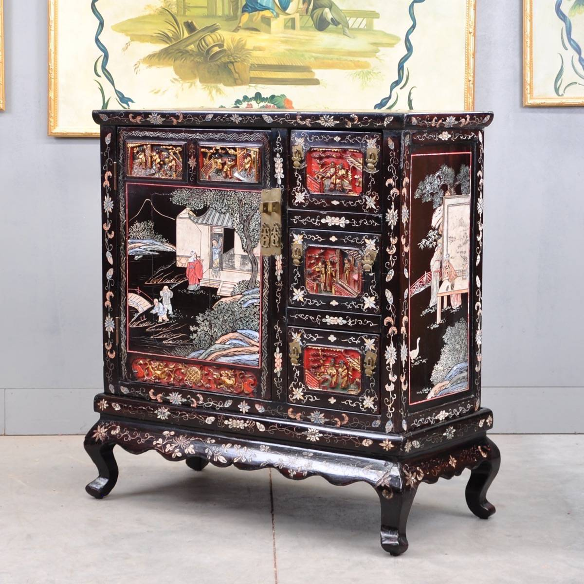 Charmant Chinese Lacquer, Coromandel And Carved Cabinet