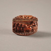 Antique Small snuff box of coquilla nut