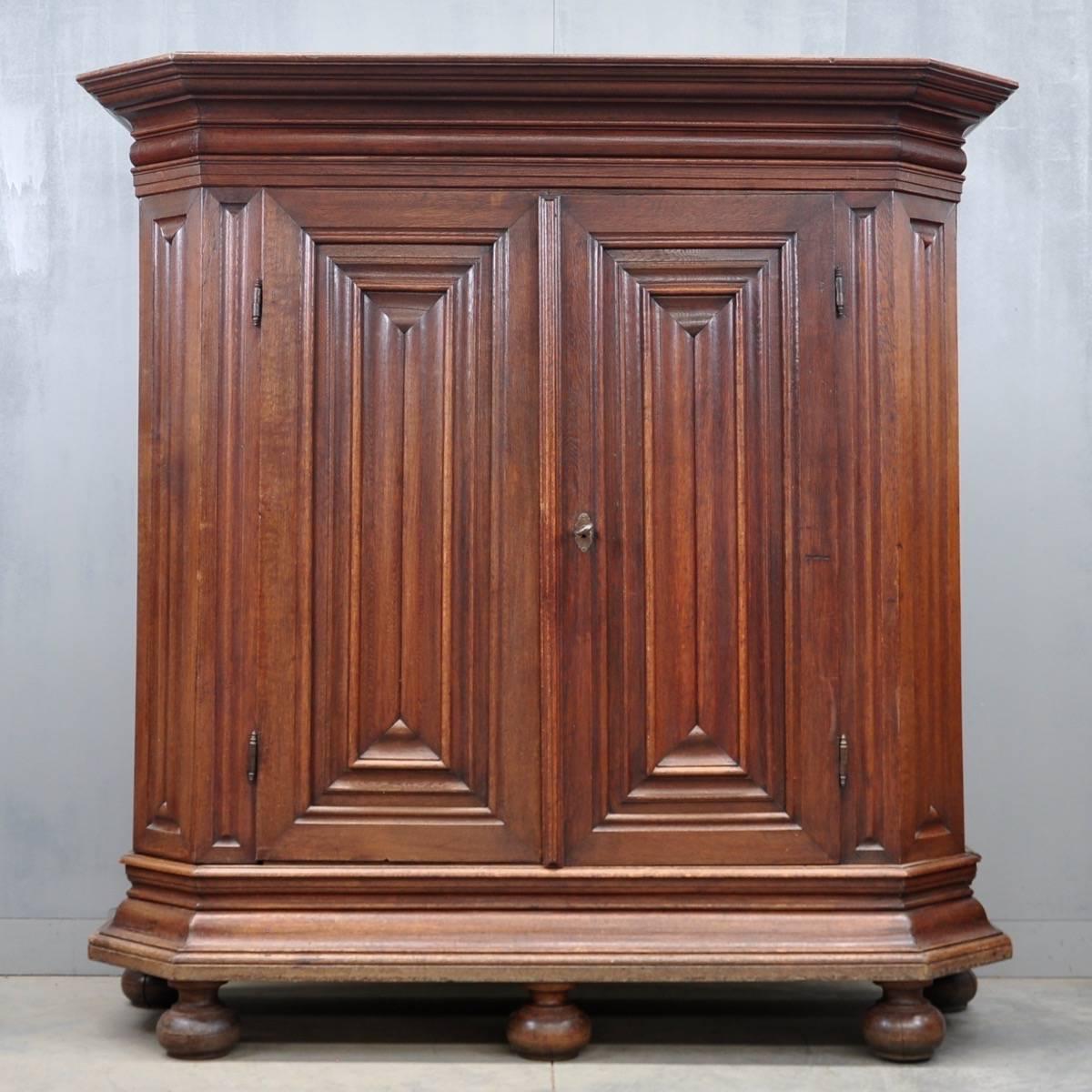 Antique German oak armoire - German Oak Armoire De Grande Antique Furniture