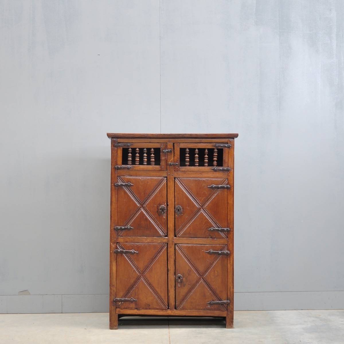 French oak antique cupboard - Antique Cupboards And Antique Armoires