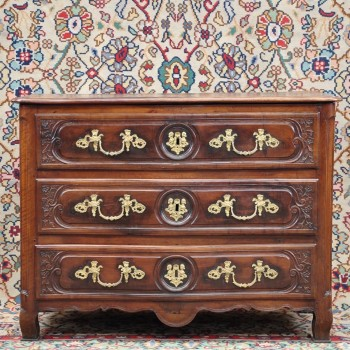 French walnut provincial Louis XV commode