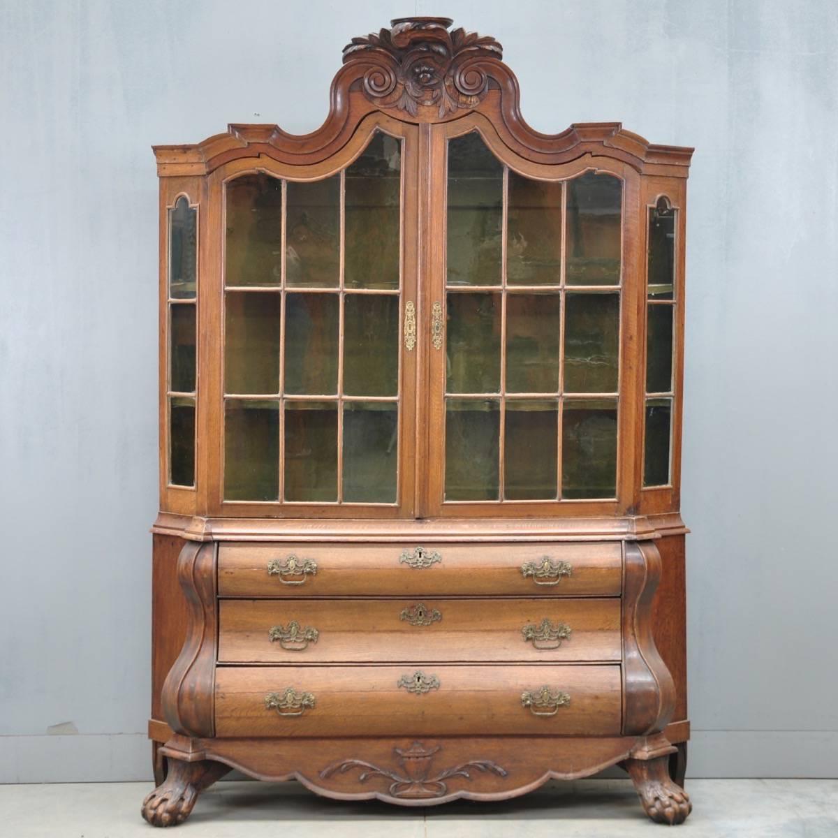 dutch oak vitrine de grande antique furniture. Black Bedroom Furniture Sets. Home Design Ideas