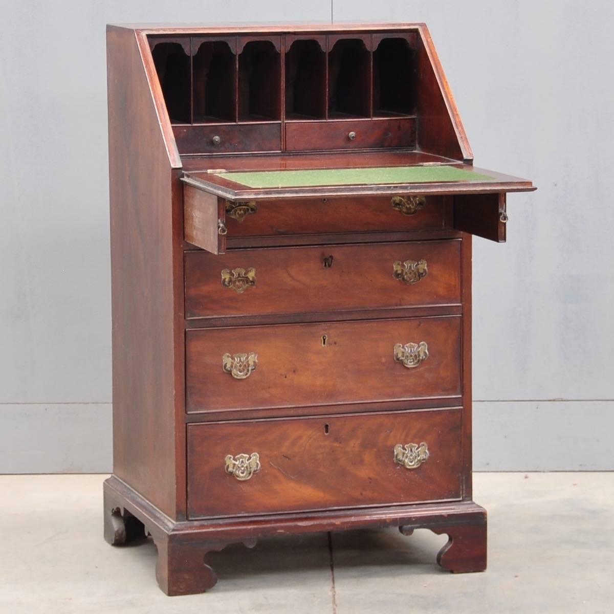 Antique english oak bureau - English Oak Bureau De Grande Antique Furniture