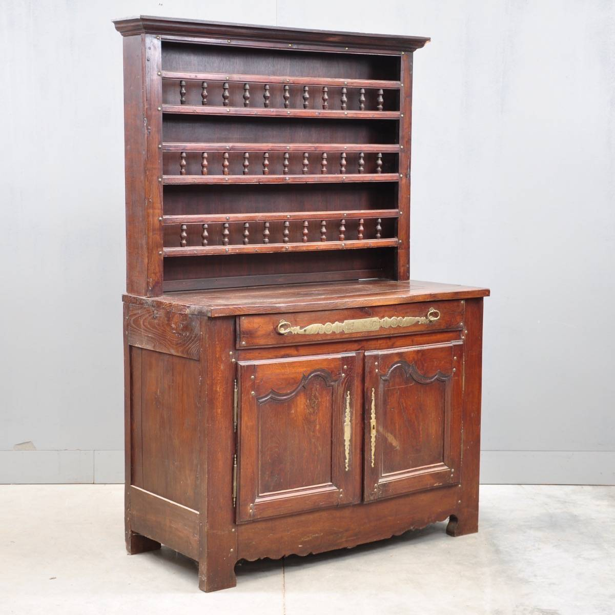 charming french vaisselier de grande antique furniture