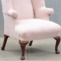 Charming English armchair | De Grande Antique Furniture