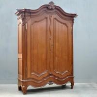 Flemish oak armoire – de Grande Antique Furniture