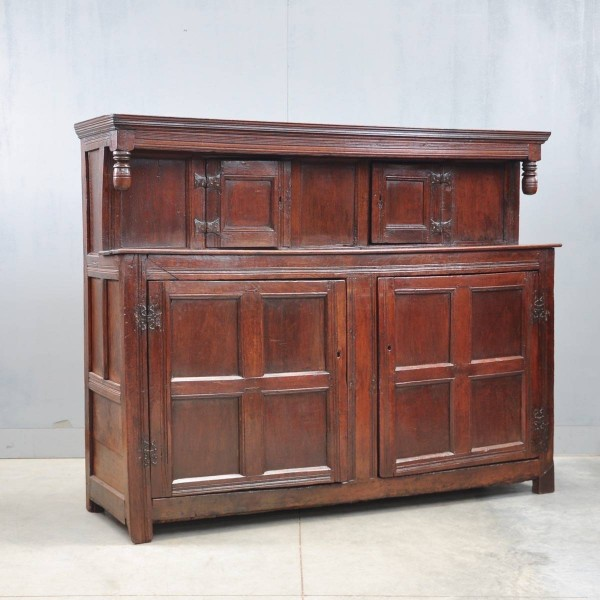 Antique English oak court cupboard | De Grande Antique Furniture