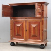 Four doors Renaissance cupboard | De Grande Antique