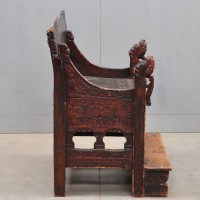 Antique Swedish carved throne | De Grande Antique Furniture