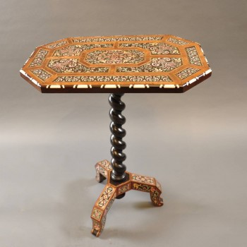 Flemish Inlaid lacquer table | De Grande Early Antique Furniture
