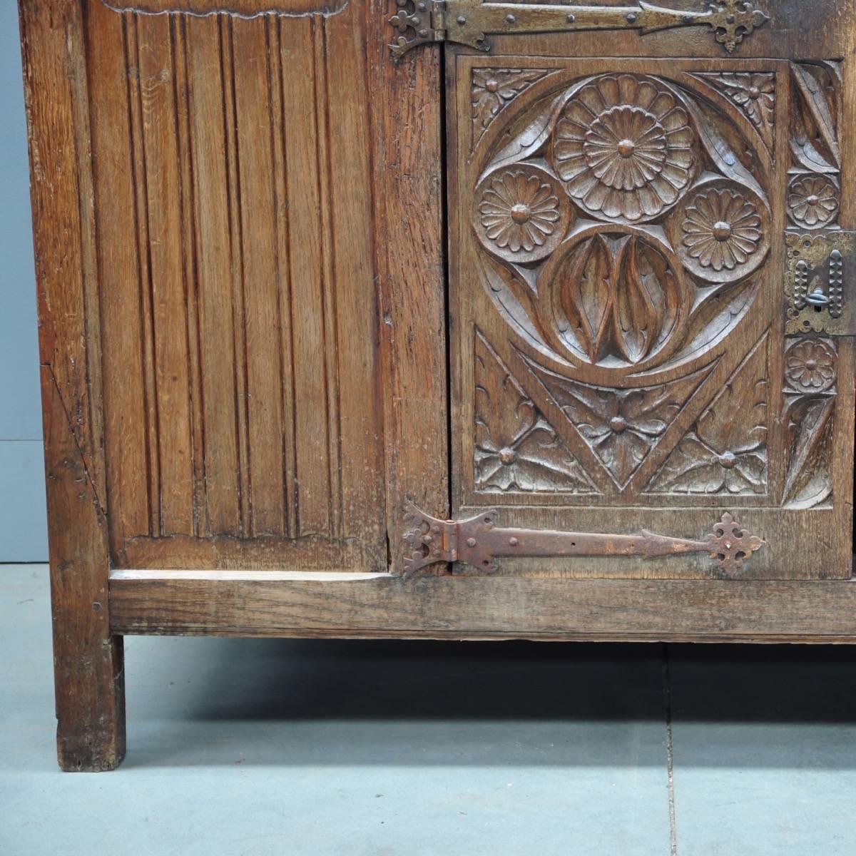 Flemish Cabinet De Grande Flemish Antique Furniture