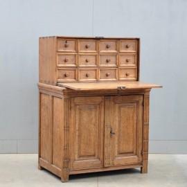 Antique Flemish oak cabinet | De Grande Antique Furniture