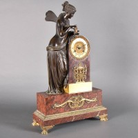 Antique French Marble mantel clock with bronze figure | De Grande