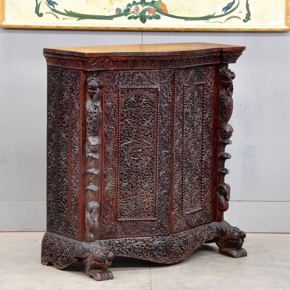 Antique Oriental carved cabinet | De Grande Antique Furniture - Oriental Carved Cabinet De Grande Antique Furniture