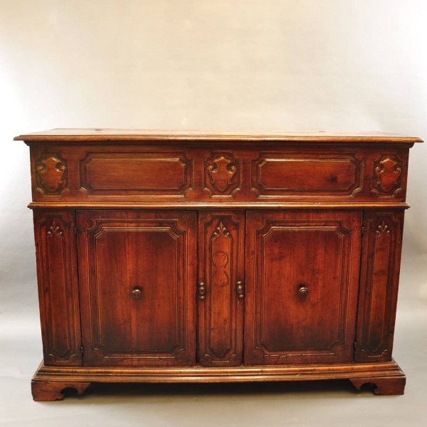 Antique tuscan italian dresser | Paul De Grande