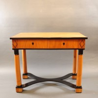 Biedermeier fruitwood table | De Grande Antique Furniture