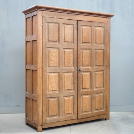 Early Antique Flemish cupboard | De Grande Antique Furniture