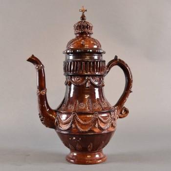 Glazed terracotta coffee pot | De Grande Antique Tableware