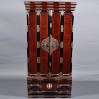Altar cabinet Shrine Japanese butsudan | De Grande Asian Antique Furniture
