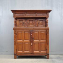 antique Flemish Renaissance cupboard | De Grande Antique Furniture
