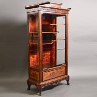 antique French Japonesque walnut vitrine |De Grande Antique Furniture