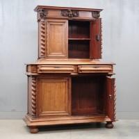 antique French Walnut cabinet | De Grande french Antique Furniture