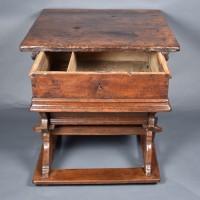 Rustic Swiss rent table | De Grande Swiss Antique Furniture