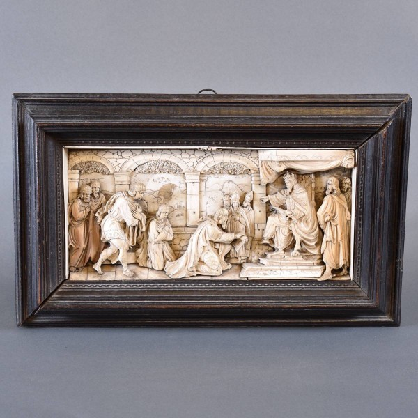 Relief in ivory   De Grande Antique Ivory Objects