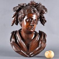 Wooden Bust of a lady | De Grande Antique & decorative