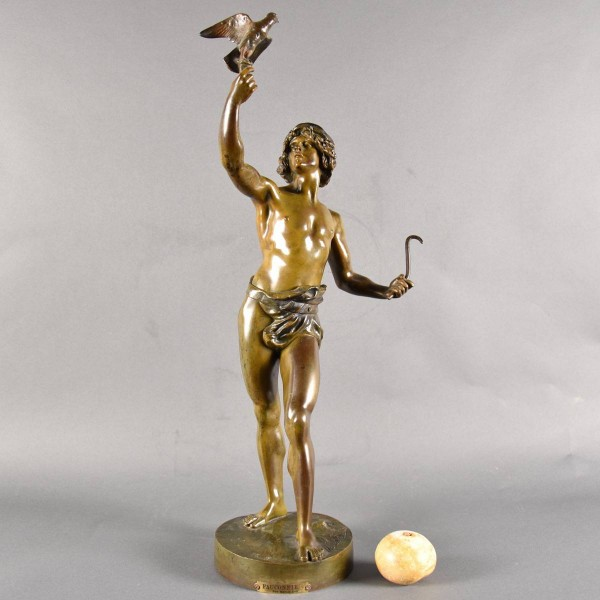 "French Bronze ""Le Fauconnier"" 