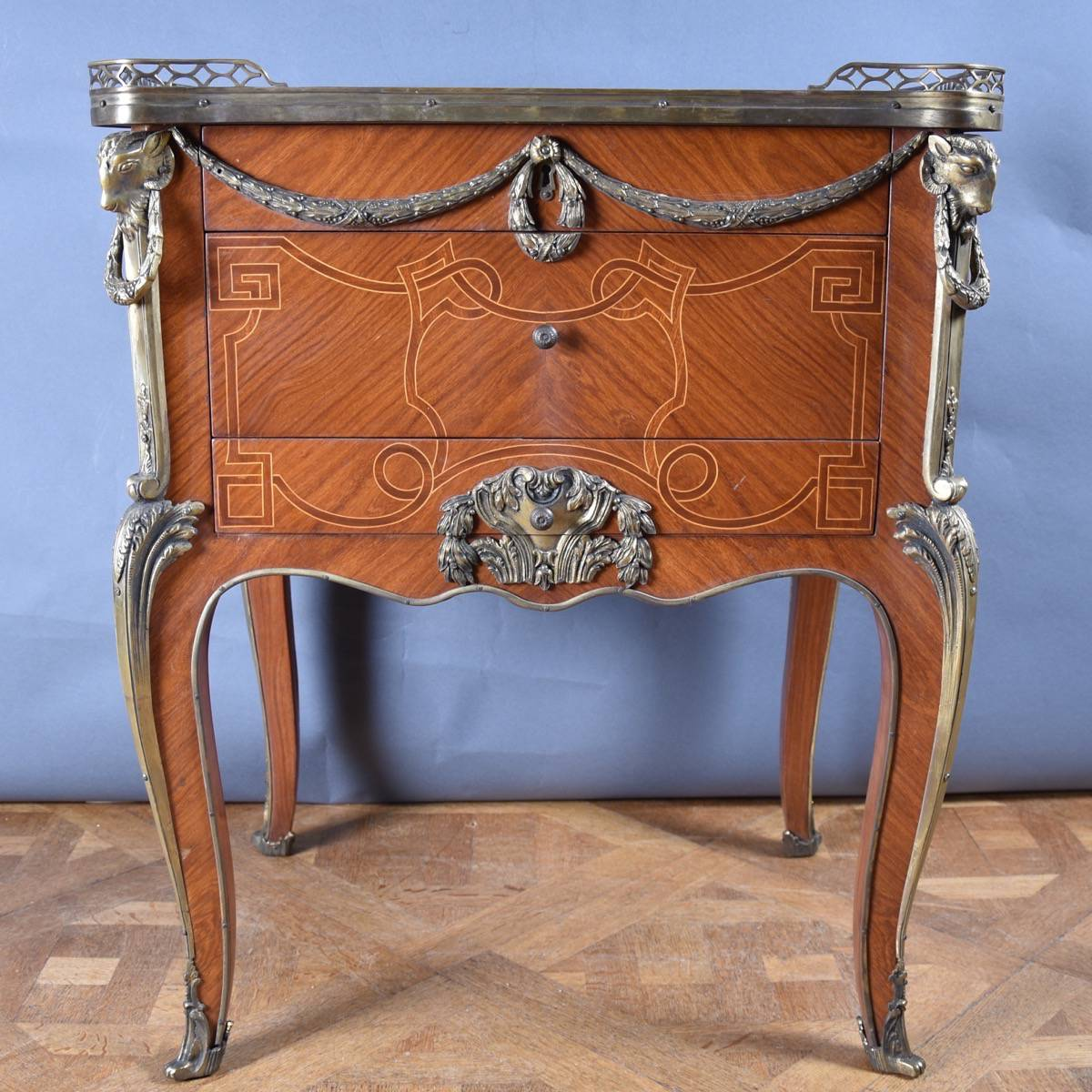 stunning inlaid rosewood louis xv side table. Black Bedroom Furniture Sets. Home Design Ideas
