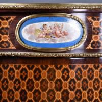 French Marquetry inlaid cabinet | De Grande Antique Furinture