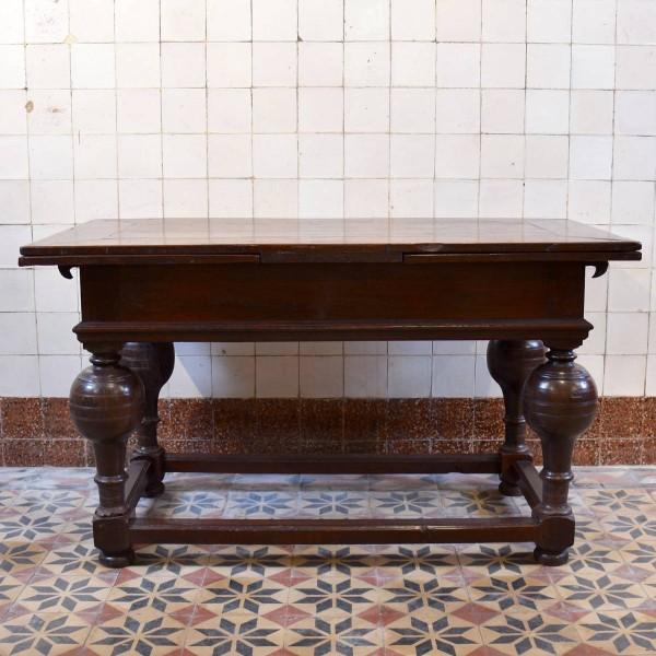 Draw leaf Table or Bolpoottafel