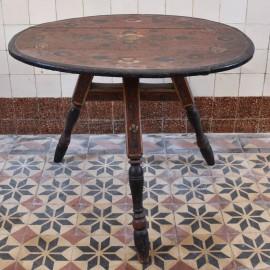 Dutch Friesland Table