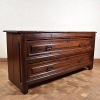 antique-spanish-chest-of-drawers-furniture2