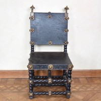 antique-decorative-armchair1