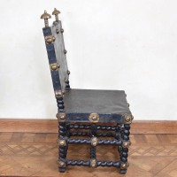 antique-decorative-armchair4