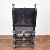 antique-decorative-armchair5