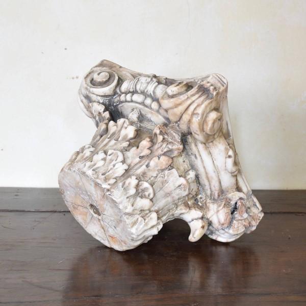 antique-decorative-marble-capitol1