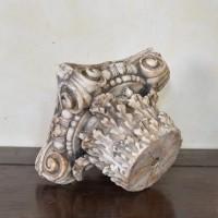 antique-decorative-marble-capitol2
