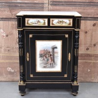 antique urniture belgium – dresser