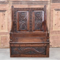 antique-furniture-bench1