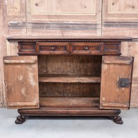 antique-furnituree-dresser2