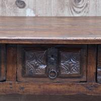 antique-furnituree-rustic-table2
