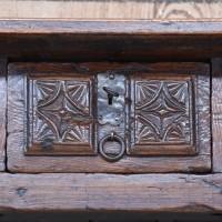 antique-furnituree-rustic-table3
