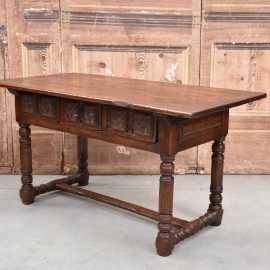 antique-furnituree-rustic-table4