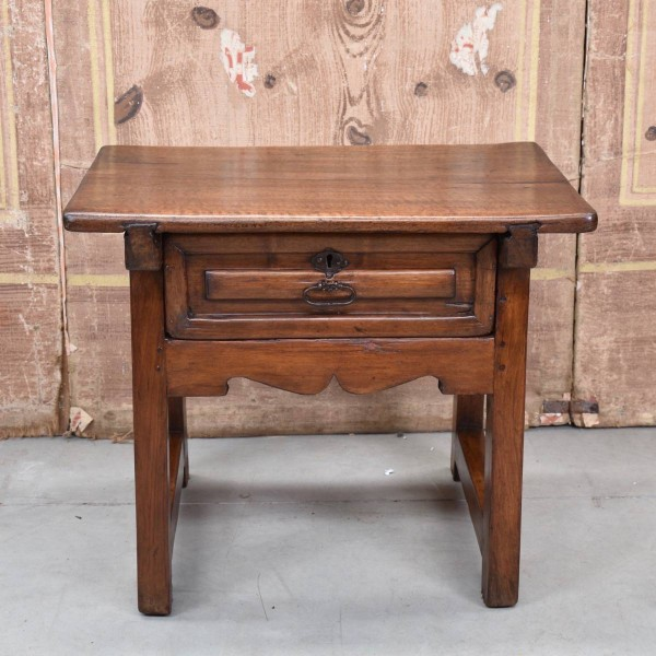 antique-furnituree-stool-table1