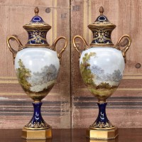 antique-pair-of-vase-belgium1