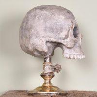 Sculpture of a skull | Paul de Grande Curiosities and Antiques