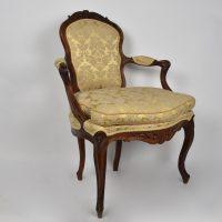 pair-portuguese-louis-XV-armchair5